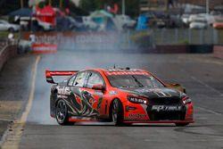 Yarış galibi Garth Tander ve Warren Luff, Holden Racing Team