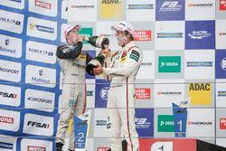 Podium: Sieger Lance Stroll, Prema Powerteam, Dallara F312, Mercedes-Benz; 2. Joel Eriksson, Motopar