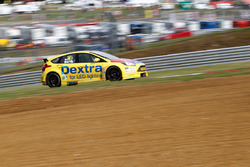#14 Alex Martin, Dextra Racing, Ford Focus