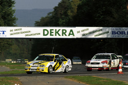 Klaus Niedzwiedz (Opel Omega 3000 24V) és Hans-Joachim Stuck (Audi V8 quattro)