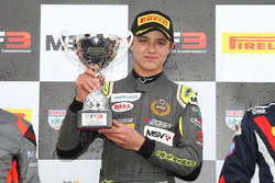 Podium: winnaar Lando Norris, Carlin