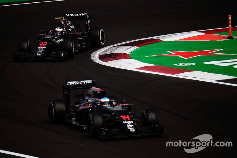 McLaren: 0 очков