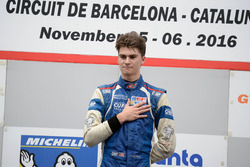 Podium: Race winner Colton Herta, Carlin Motorsport
