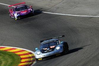 #77 Dempsey-Proton Racing Porsche 911 RSR: Christian Ried, Riccardo Pera, Matteo Cairoli