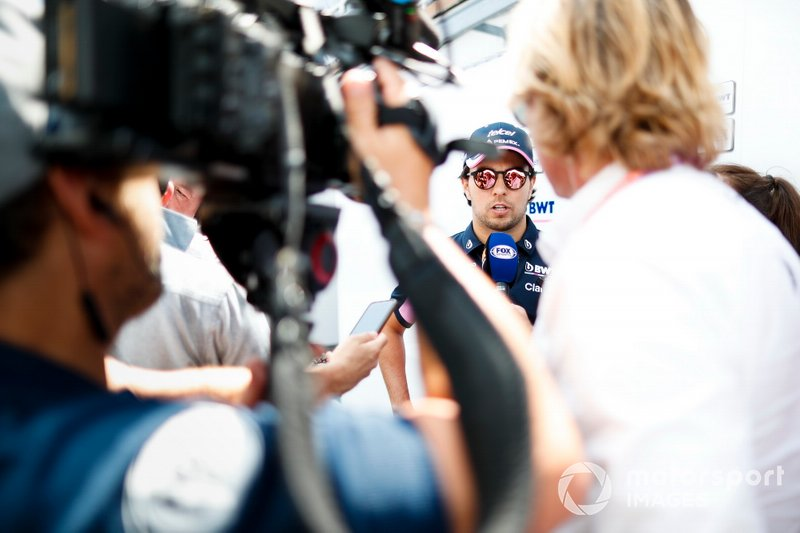 Sergio Perez, Racing Point, parle à la presse