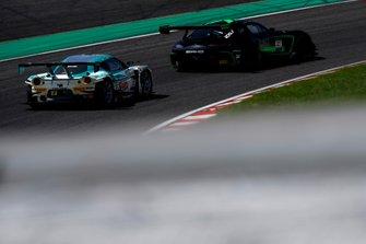 #43 Team Strakka Racing Mercedes-AMG GT3: Christina Nielsen, Dominik Baumann, Adrian Henry D'Silva, #2 CarsTokaiDream28 Lotus Evora MC: Kazuho Takahashi, Hiroki Kato, Hiroshi Hamaguchi