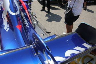 Toro Rosso STR14 rear wing detail