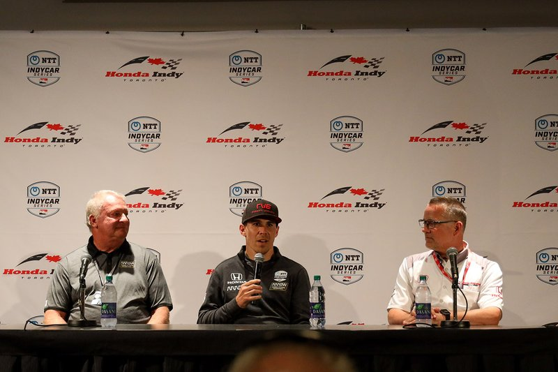 Robert Wickens, Mike Long, CEO of Arrow Electronics, and Ted Klaus, president of Honda Performance Development