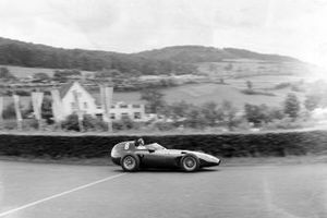 Tony Brooks, Vanwall