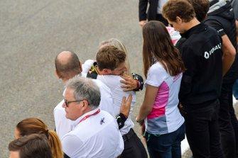 Romain Grosjean, Haas F1, embraces F2 Alexa Quentin