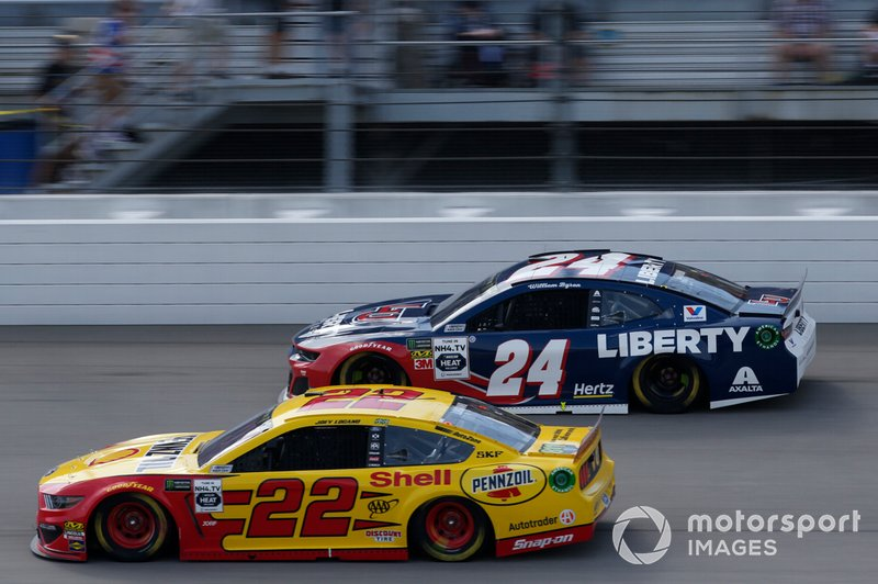 William Byron, Hendrick Motorsports, Chevrolet Camaro Liberty University Joey Logano, Team Penske, Ford Mustang Shell Pennzoil