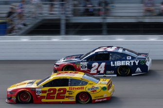 William Byron, Hendrick Motorsports, Chevrolet Camaro Liberty University, Joey Logano, Team Penske, Ford Mustang Shell Pennzoil