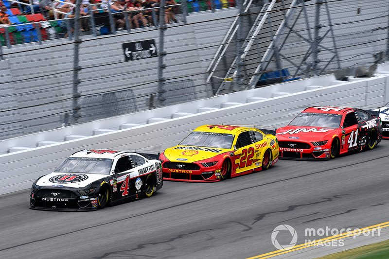 Kevin Harvick, Stewart-Haas Racing, Ford Mustang Jimmy John's, Joey Logano, Team Penske, Ford Mustang Shell Pennzoil, and Daniel Suarez, Stewart-Haas Racing, Ford Mustang Haas Automation