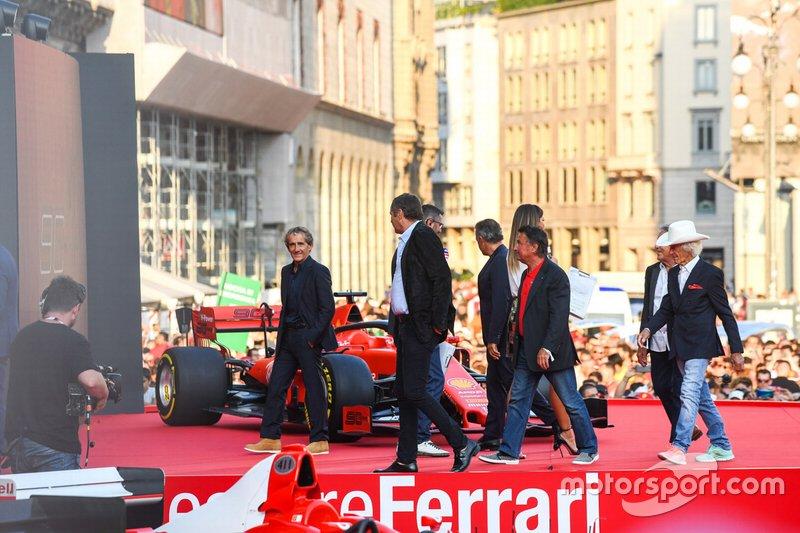 Alain Prost, Gerhard Berger, René Arnoux, ve Arturo Merzario