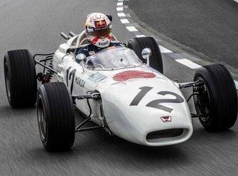 Max Verstappen in de Honda RA272