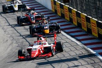 Роберт Шварцман, PREMA Racing, и Юки Цунода, Jenzer Motorsport