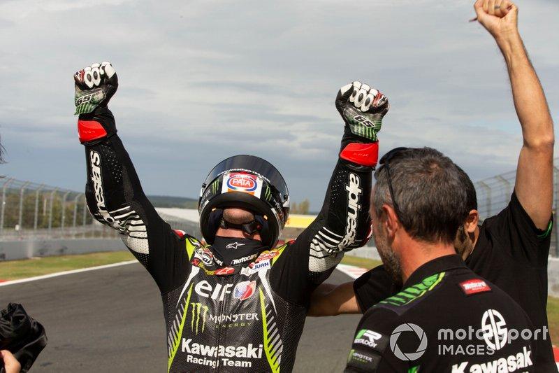 Jonathan Rea, Kawasaki Racing Team festeggia la vittoria del suo quinto titolo