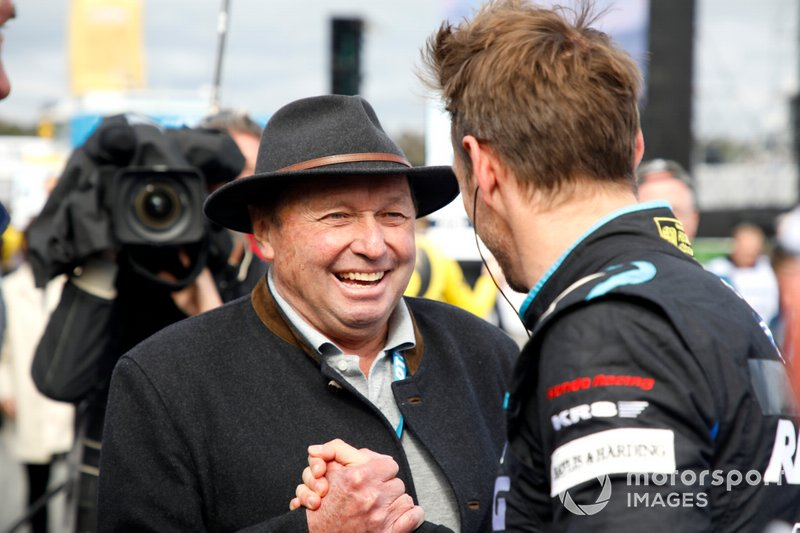 Jochen Mass and Jenson Button, Team Kunimitsu Honda