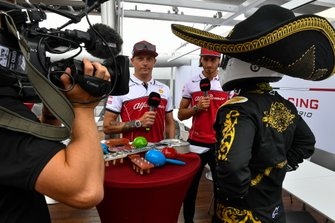 Kimi Raikkonen, Alfa Romeo Racing, Antonio Giovinazzi, Alfa Romeo Racing and Mario Achi