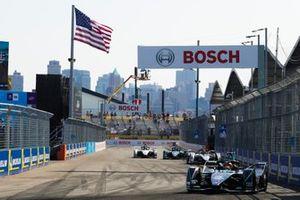 Stoffel Vandoorne, HWA Racelab, VFE-05 Jose Maria Lopez, Dragon Racing, Penske EV-3, Gary Paffett, HWA Racelab, VFE-05