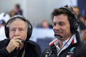 Jean Todt, President, FIA, en Toto Wolff, Executive Director (Business), Mercedes AMG