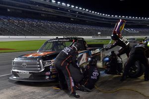Todd Gilliland, Kyle Busch Motorsports, Toyota Tundra JBL/SiriusXM, makes a pit stop