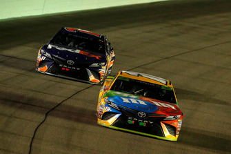 Kyle Busch, Joe Gibbs Racing, Toyota Camry M&M's, Denny Hamlin, Joe Gibbs Racing, Toyota Camry FedEx Express
