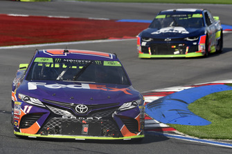 Denny Hamlin, Joe Gibbs Racing, Toyota Camry FedEx Freight, William Byron, Hendrick Motorsports, Chevrolet Camaro Unifirst