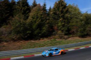 #444 Porsche Cayman 981: Daniel Zils, Christian Konnerth, Norbert Fischer