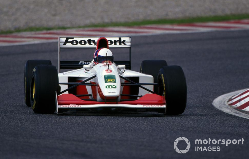 Gil de Ferran, tests the Footwork FA14