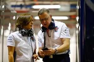 Claire Williams, Deputy Team Principal, Williams Martini Racing, talks to Mike O' Driscoll, Group CEO, Williams Martini Racing