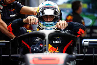 Daniel Ricciardo, Red Bull Racing, climbs into his car