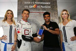 La premiazione del poleman Enrico Fulgenzi, GDL Racing