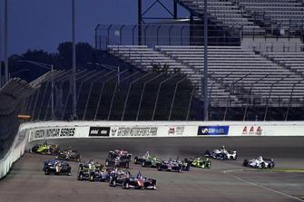 Scott Dixon, Chip Ganassi Racing Honda, Sebastien Bourdais, Dale Coyne Racing with Vasser-Sullivan Honda crash