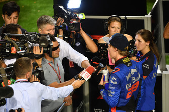 Brendon Hartley, Scuderia Toro Rosso parle avec les médias
