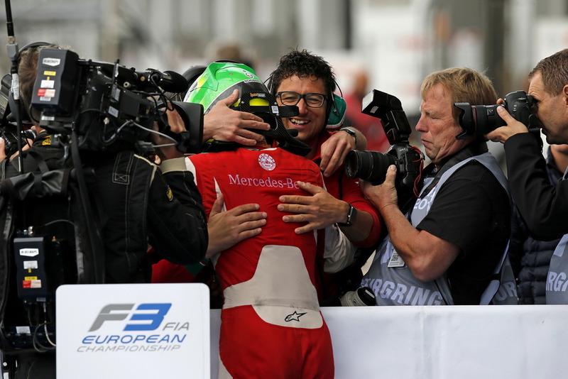 Ganador, Mick Schumacher, PREMA Theodore Racing Dallara F317 - Mercedes-Benz