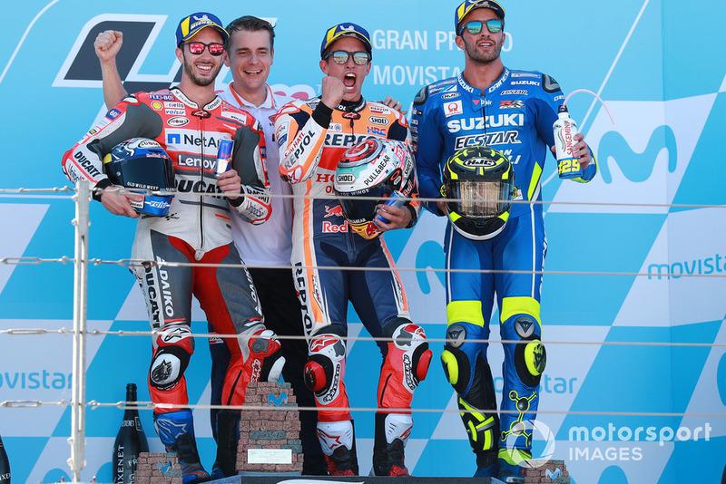 Podio: 1º Marc Márquez, 2º Andrea Dovizioso, 3º Andrea Iannone