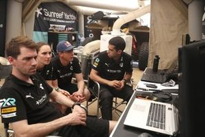Molly Taylor, Johan Kristoffersson, Rosberg X Racing and team members pits