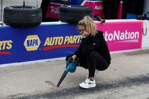 Alexander Rossi, Andretti Autosport Honda, Liza the track dryer