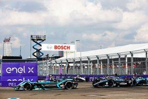 Sam Bird, Jaguar Racing, Jaguar I-TYPE 5, Nyck de Vries, Mercedes Benz EQ, EQ Silver Arrow 02, Tom Blomqvist, NIO 333 001