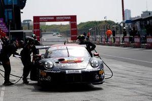 #99 Precote Herberth Motorsport Porsche 911 GT3 R: Robert Renauer, Sven Mu?ller
