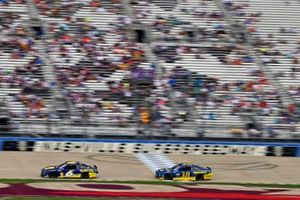 Ryan Newman, Roush Fenway Racing, Ford Mustang Planters and Anthony Alfredo, Front Row Motorsports, Ford Mustang Speedco