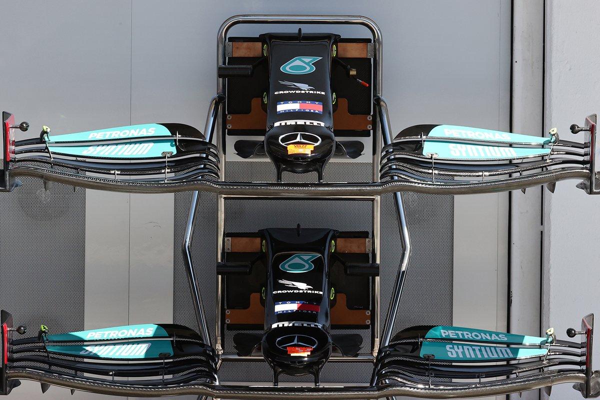 Mercedes W12: Frontflügel