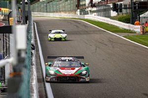 #38 JOTA McLaren 720 S GT3: Ben Barnicoat, Oliver Wilkinson, Rob Bell