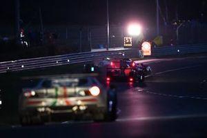 Crash: #1 Richard Mille Racing Team Oreca 07 - Gibson LMP2, Tatiana Calderon, Sophia Försch, Beitske Visser, #74 Racing Team India Eurasia Ligier JSP217 - Gibson LMP2, James Winslow, John Corbett, Tom Cloet