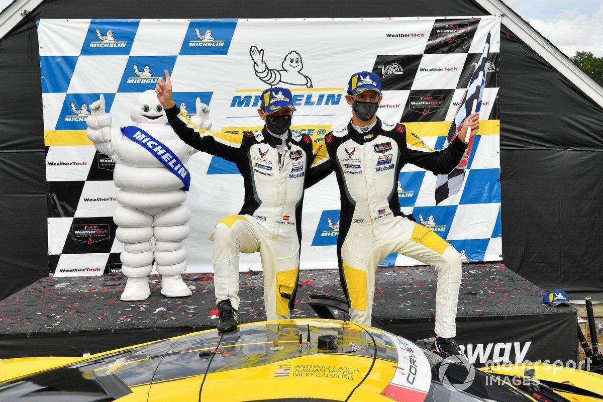Il vincitore #3 Corvette Racing Corvette C8.R, GTLM: Antonio Garcia, Jordan Taylor
