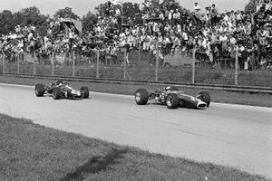Jim Clark, Lotus 49 Ford, Dan Gurney, Eagle T1G Weslake