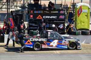 Raphael Lessard, Kyle Busch Motorsports, Toyota Tundra Canac pit stop