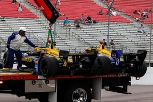 Zach Veach, Andretti Autosport Honda, Alexander Rossi, Andretti Autosport Honda, crash