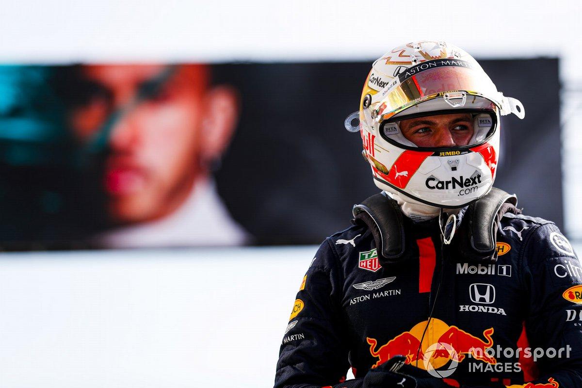 Max Verstappen, Red Bull Racing, nel Parc Ferme dopo la qualifica